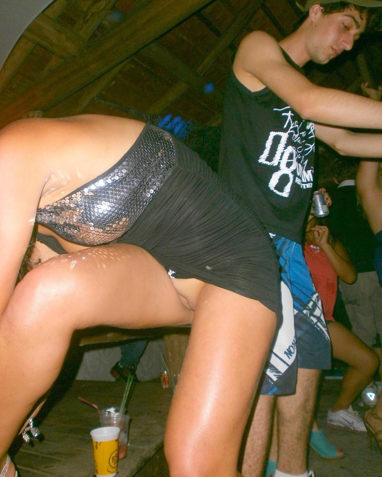 Секс в баре на дискотеке 13 фотография