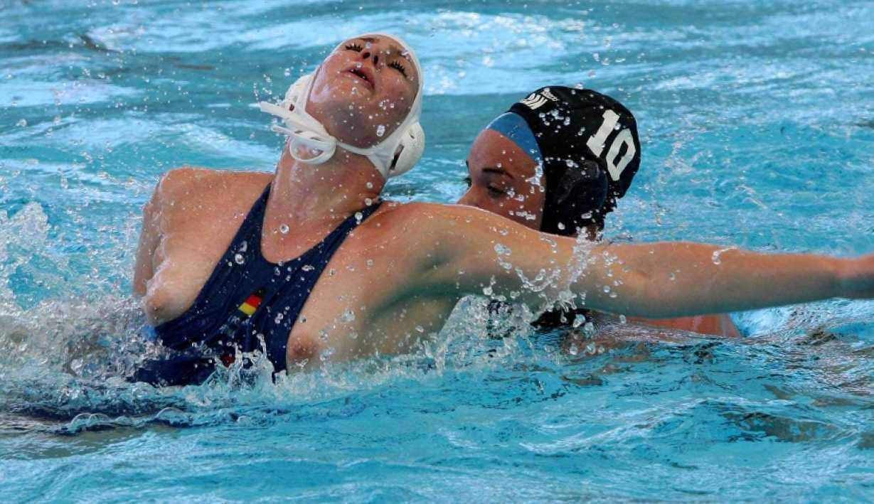Случайные засветы от спортсменок фото 6 фотография