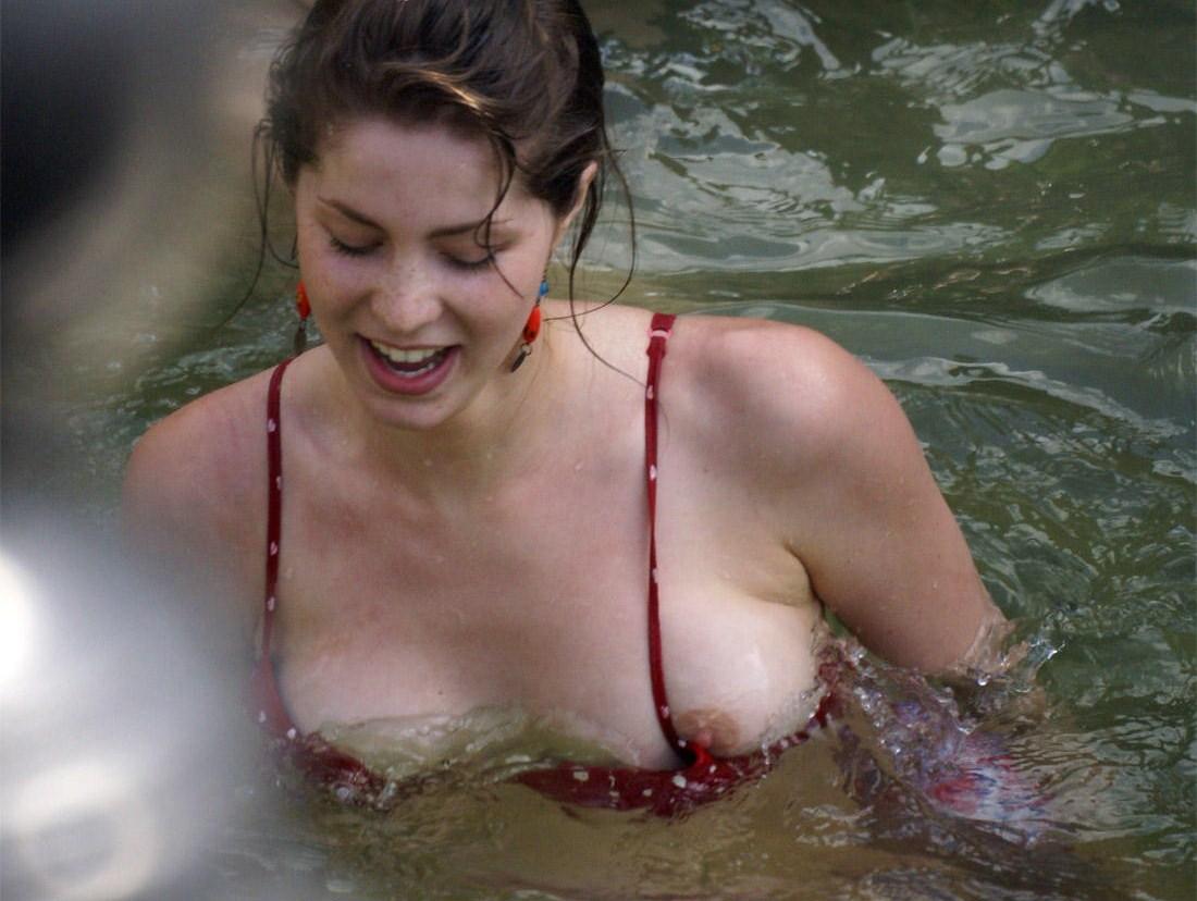 porno-video-russkih-v-akvaparke