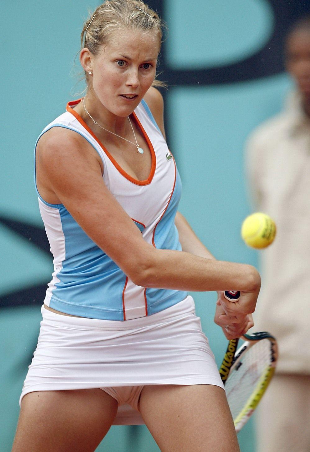 Теннис без трусиков 8 фотография